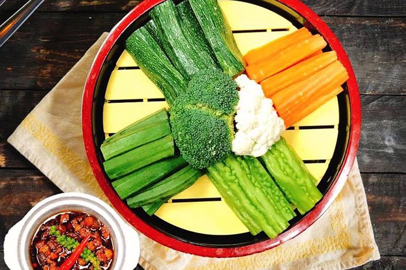 Cách chế biến củ quả luộc kho quẹt nhanh gọn cho bữa cơm gia đình