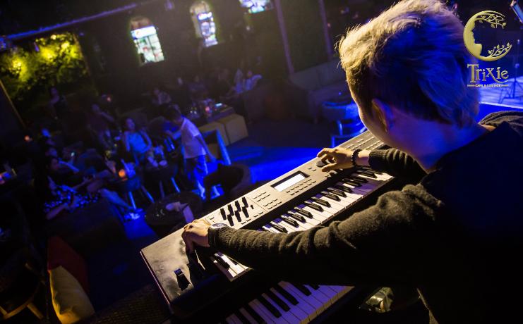 Café nhạc Rock cho các tín đồ âm nhạc ở Hà Nội