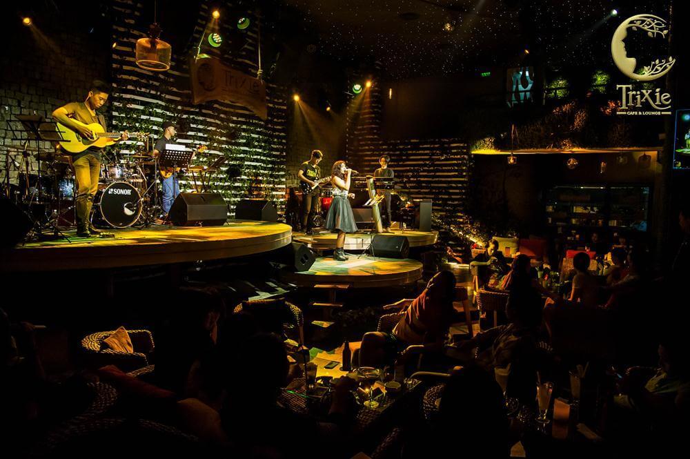Trixie – Quán café nhạc jazz nổi tiếng hút giới trẻ Hà thành