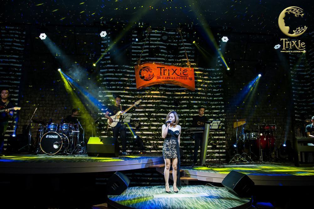 Thưởng thức phong cách âm nhạc sống động cùng Trixie Coffee