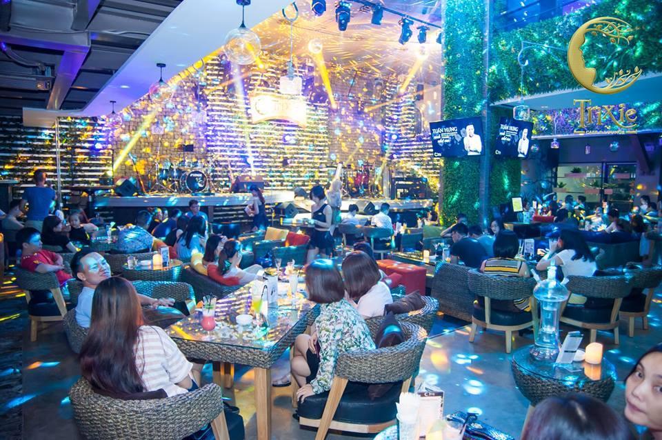 Trixie cafe được thiết kế với các khu vực độc lập, riêng tư