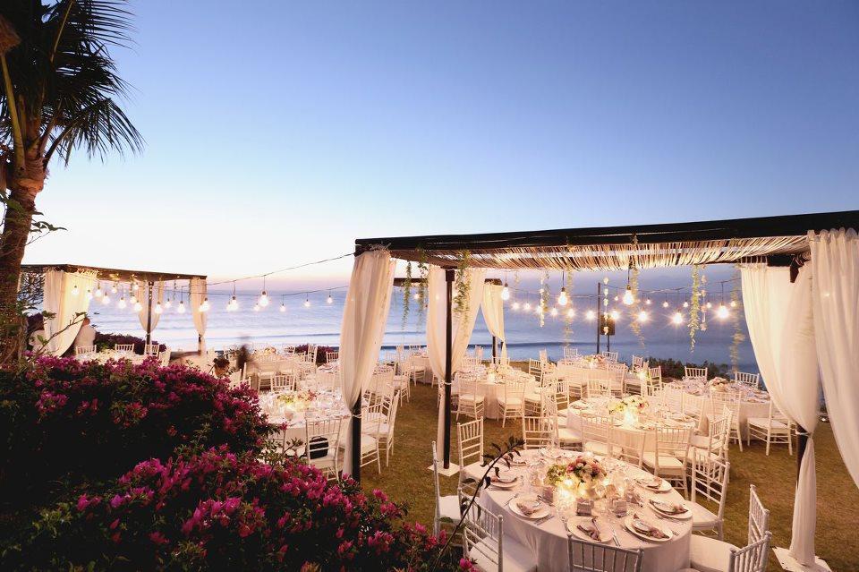 Nên tổ chức tiệc cưới ở đâu tại Hà Nội?