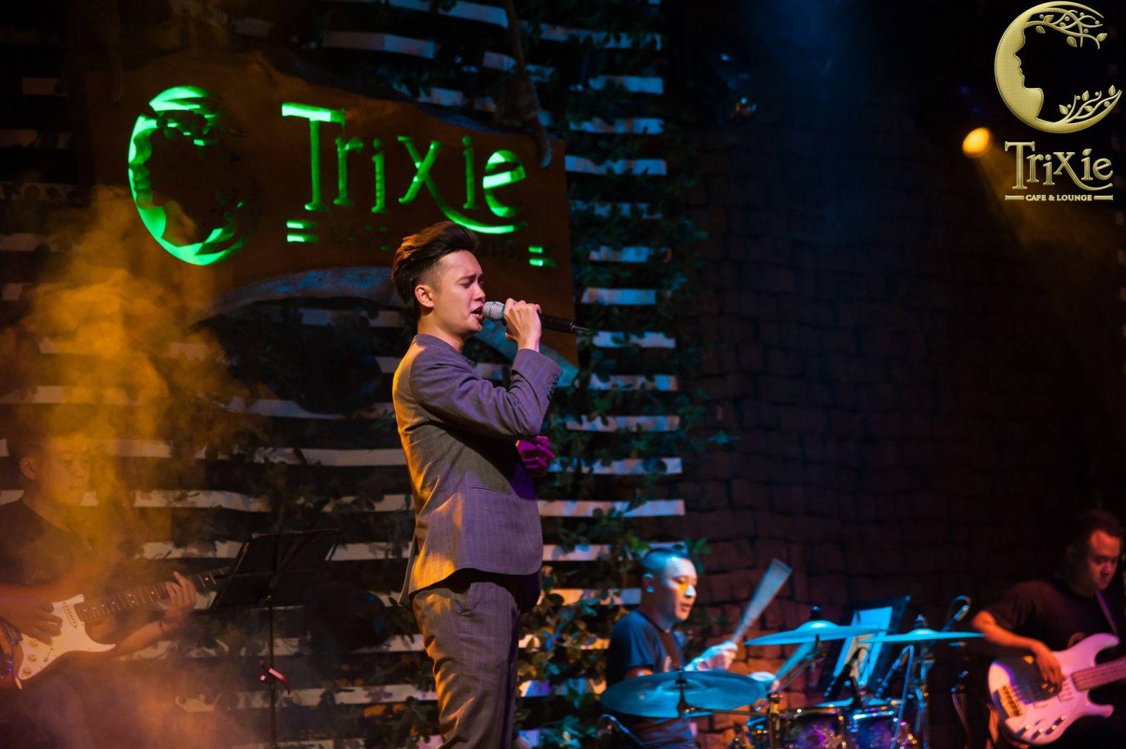 Trải nghiệm âm nhạc đa phong cách tại phòng trà nhạc sống Trixie