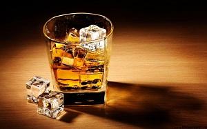Whisky Red Label (rượu ly)
