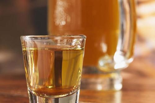 rượu mộc không đá
