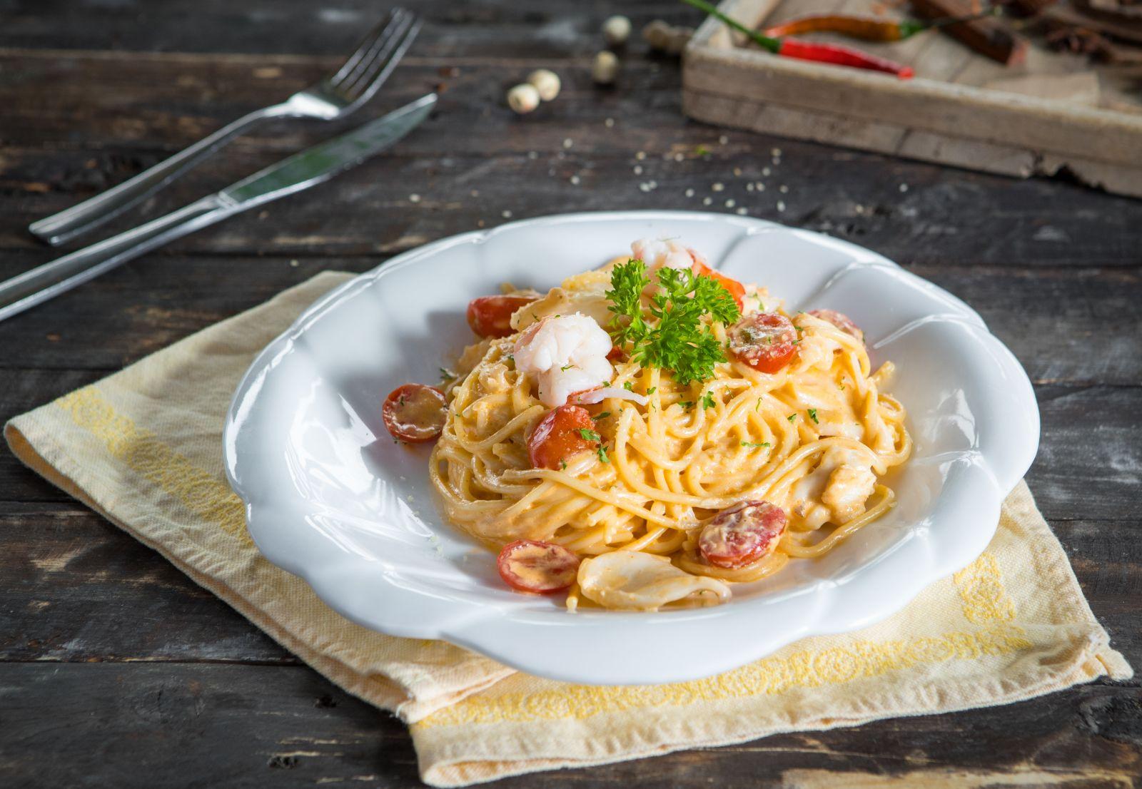 Mỳ Ý hải sản sốt kem tươi